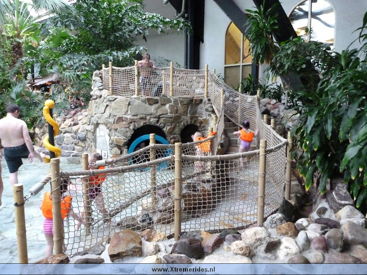 Aqua mundo center parcs forum spetterend verfrissend informatie fansite van center parcs for Foto in het bad